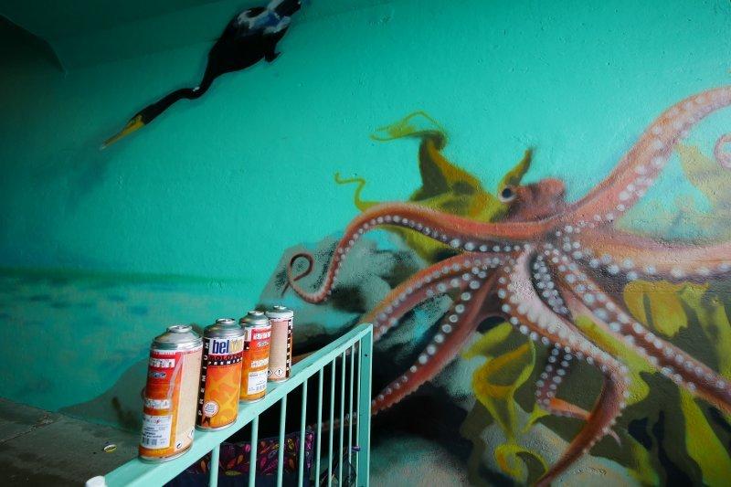 An octopus detail in the mural at Saltdean Lido